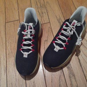 PUMA runners.  They need YOU!!!(NWOT)